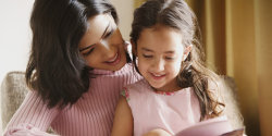 Femeile din România care îşi cresc singure copiii pot fi scoase în afara Constituţiei! Cine a putut iniţia un astfel de demers