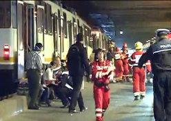 Accident la Pasajul Basarab. Două tramvaie cu călători s-au ciocnit