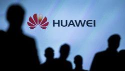 Huawei lansează primele laptopuri ale companiei şi intră în competiţie cu Lenovo, Dell sau HP - GALERIE FOTO