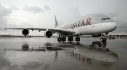 Qatar intenţionează să cumpere o participaţie de 10% din American Airlines