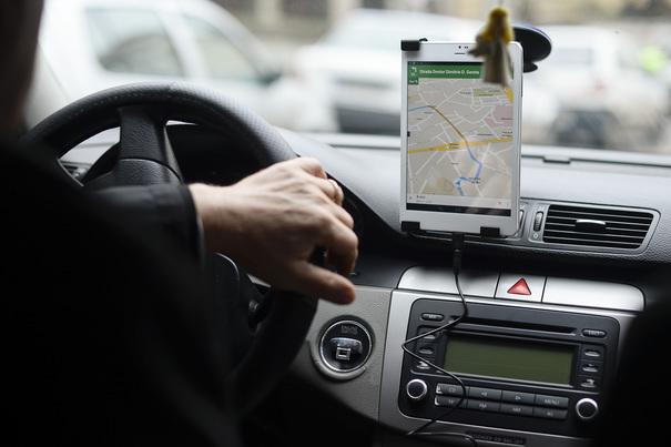 Uber reduce cu 50% tariful la cursele din şi către Pipera cât metroul va fi închisa