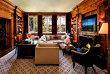 AROGANŢĂ SUPREMĂ.O familie a cumpărat o casă cu 41 de milioane de dolari doar pentru SERVITORI