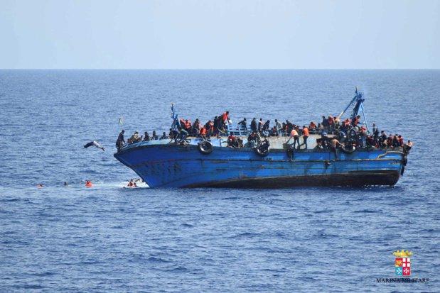 UE alocă 46 milioane euro pentru antrenarea şi echiparea gărzilor de coastă libiene, în tentativa de a controla fluxul de imigranţi spre Europa