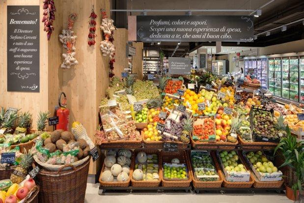 Carrefour aduce un nou concept de supermarket în România
