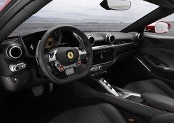 Cum arată si cât costă noul Ferrari - GALERIE FOTO