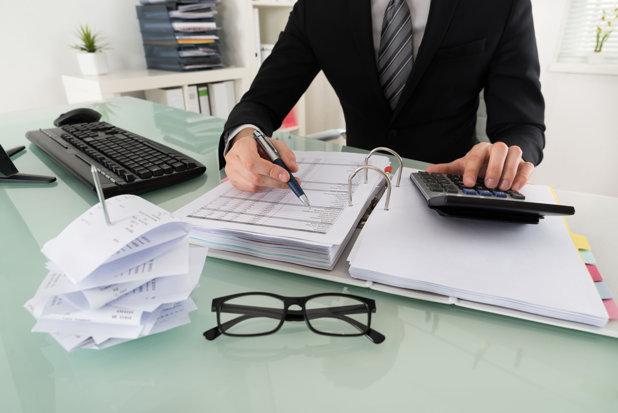 Ministrul de Finanţe: Mii de firme vor să aplice TVA defalcat de la 1 octombrie 2017, fiind atrase de reducerile de 5% din impozitul pe profit