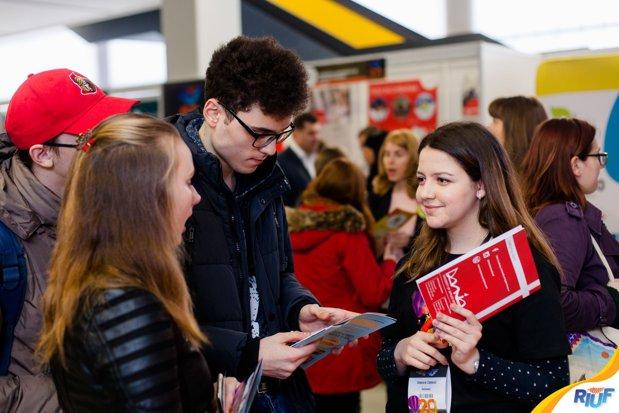 Peste 9000 programe de studiu din 10 ţări la cel mai mare târg internaţional de universităţi din Europa de Sud Est