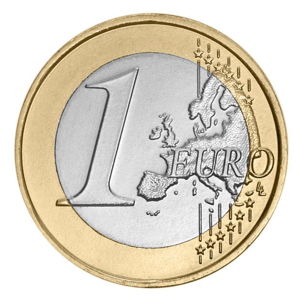 Cât va ajunge să coste 1 EURO. Analiştii anticipează DEPRECIEREA LEULUI şi creşterea dobânzilor în următoarele luni