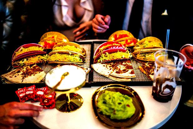 Cel mai mare lanţ de restaurante quick service din lume deschide în Bucureşti primul restaurant din Europa Centrală şi de Est