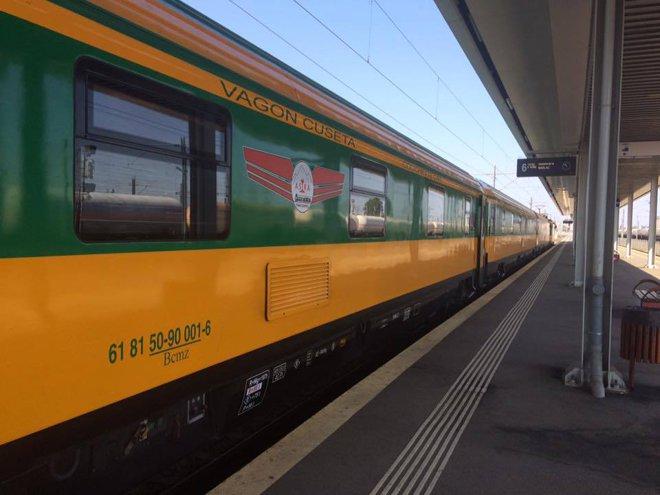 """Cum arata primul tren de lux din România. """"Chiar nu merită oboseala şi riscul de a face 7-8 ore pe drum, cu maşina"""""""