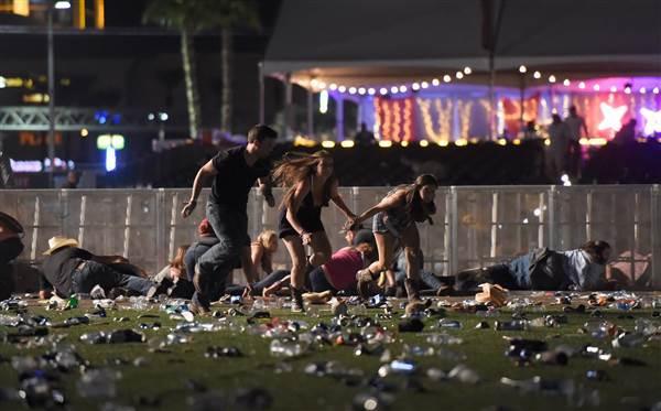 Cel mai sângeros atac din istoria Statelor Unite: cel puţin 50 de oameni au murit în urma atacului armat din Las Vegas