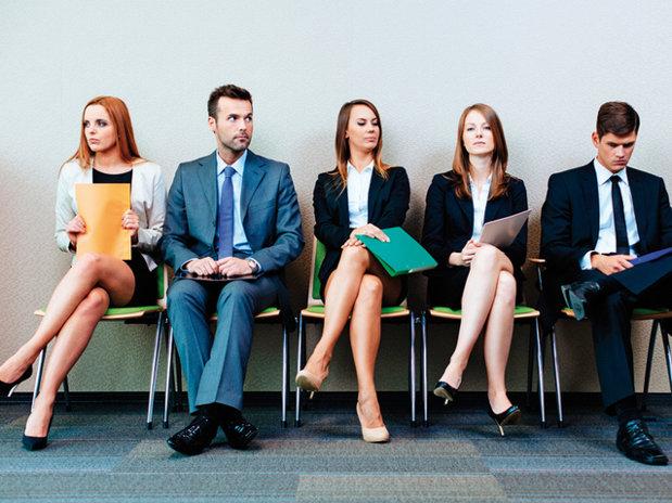 Ce pot face companiile ca să devină mai atractive pentru candidaţi şi angajaţi