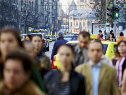 7 din 10 români cred că multinaţionalele contribuie semnificativ la dezvoltarea economiei locale