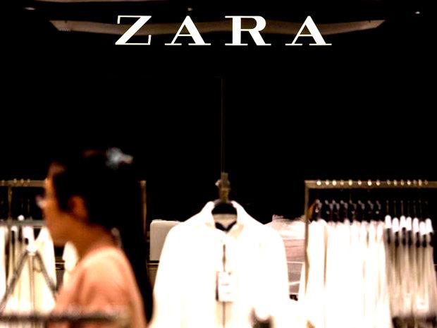 Ce ASCUND angajaţii NEPLĂTIŢI ai producătorului de îmbrăcăminte Zara în hainele pe care le cumpără clienţii din magazine