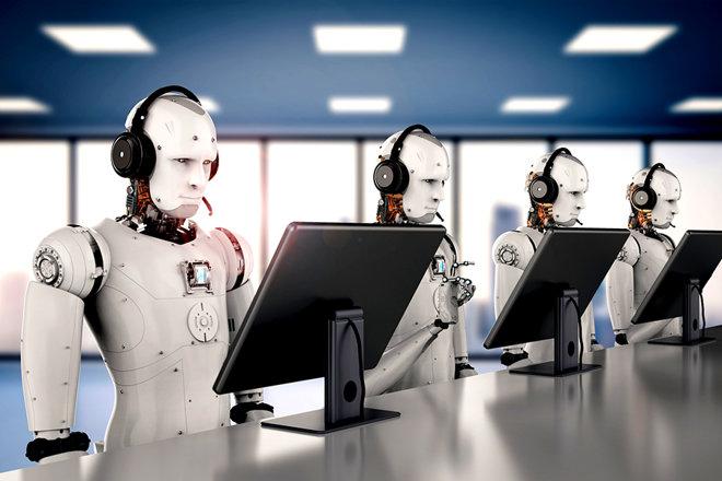 """Una dintre cele mai mari bănci din lume vrea să înlocuiască 48.000 de oameni cu roboţi. Angajaţii actuali sunt """"uneori ineficienţi"""""""