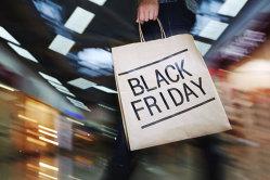 Ce vor să cumpere românii de Black Friday şi de la ce magazine