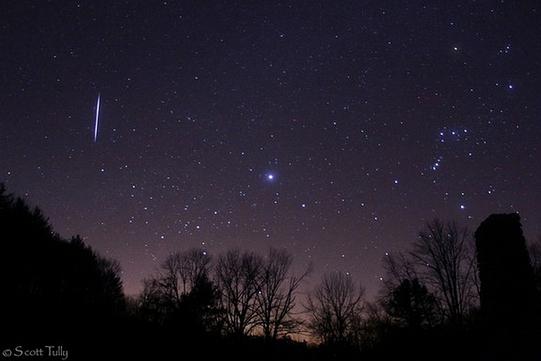 o-ploaie-spectaculoasa-de-meteori-are-loc-