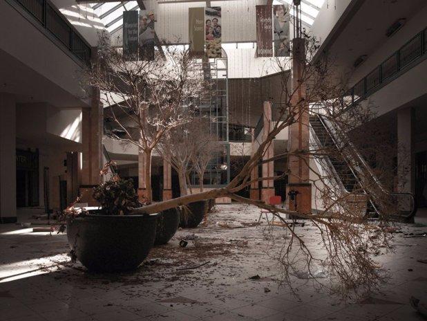 Anul dezastrelor pentru retail. Mii de magazine s-au închis şi multe altele au intrat în faliment
