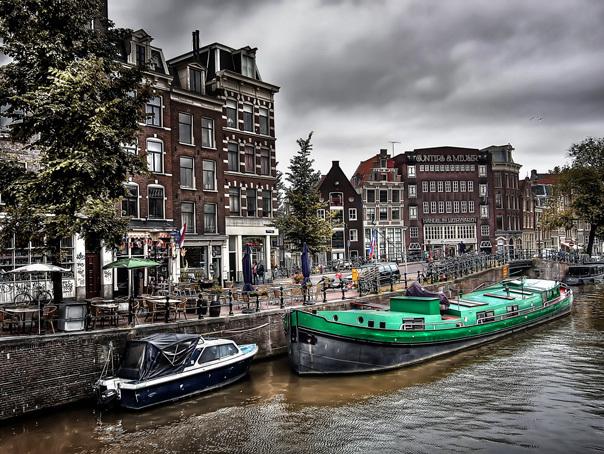 Populaţia Olandei a crescut la 17,2 milioane de locuitori, pe fondul imigraţiei