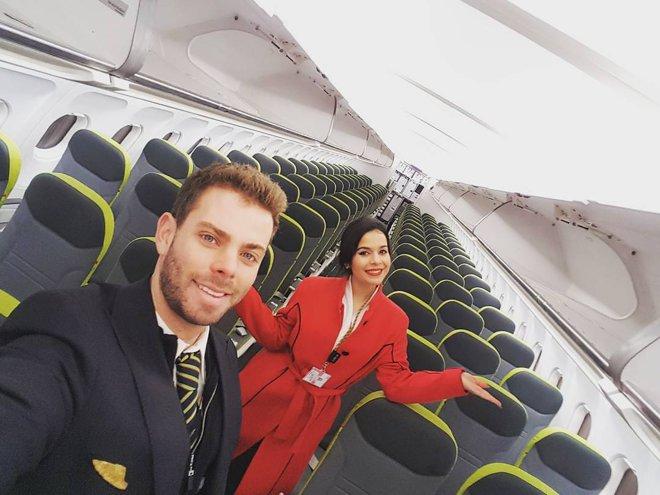 Linia aeriană cu cei mai frumoşi însoţitori de zbor din lume - GALERIE FOTO