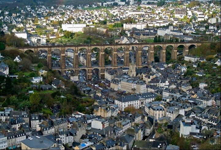 DEZASTRU în Franţa: 200.000 de locuinţe au rămas fără electricitate