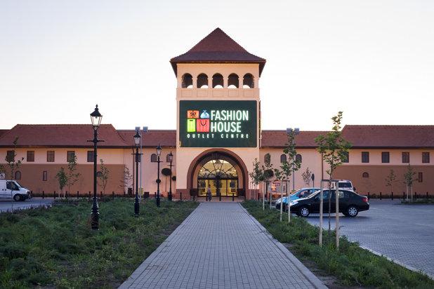 Fashion House Outlet Centre Bucureşti închiriază 1.285 de mp