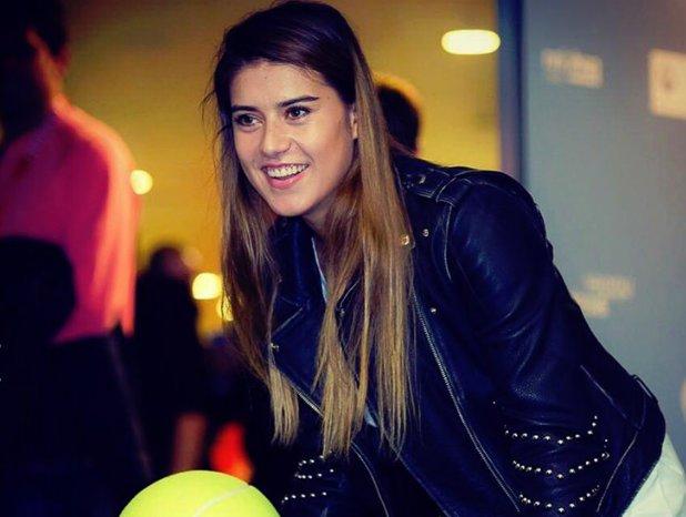"""S-a dezlănţuit Sorana! """"România nu stă în Simona Halep. Avem destule jucătoare, ar trebui să jucăm cu echipa pe care o avem"""". Declaraţie dură spre şefii sportului de la noi"""