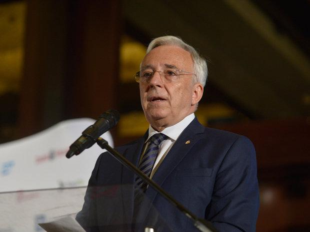 Guvernatorul BNR Mugur Isărescu explică decizia de a majora dobânda de referinţă: Vrem să jugulăm inflaţia. Până spre Paşti vom avea creşteri de preţuri