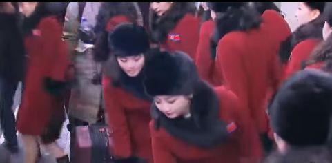 MAJORETELE lui Kim Jong-un. Cum arată tinerele artiste din delegaţia pe care Coreea de Nord a trimis-o la Jocurile Olimpice de iarnă | VIDEO