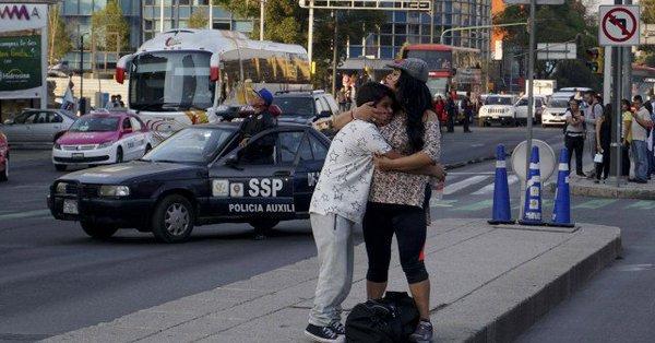 Mexic | Cutremur major de 7,2 grade, produs în sud-vest. Mii de persoane au ieşit de teamă pe străzile din mai multe oraşe