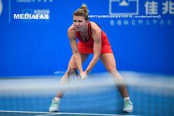 Simona Halep a fost testată anti-doping mai des decât Maria Sharapova, în 2017