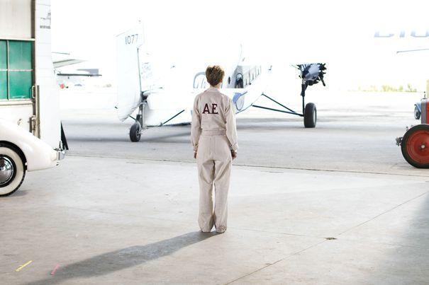 Unul dintre cele mai mari MISTERE din istoria aviaţiei mondiale: unde a fost găsit scheletul aviatoarei Amelia Earhart