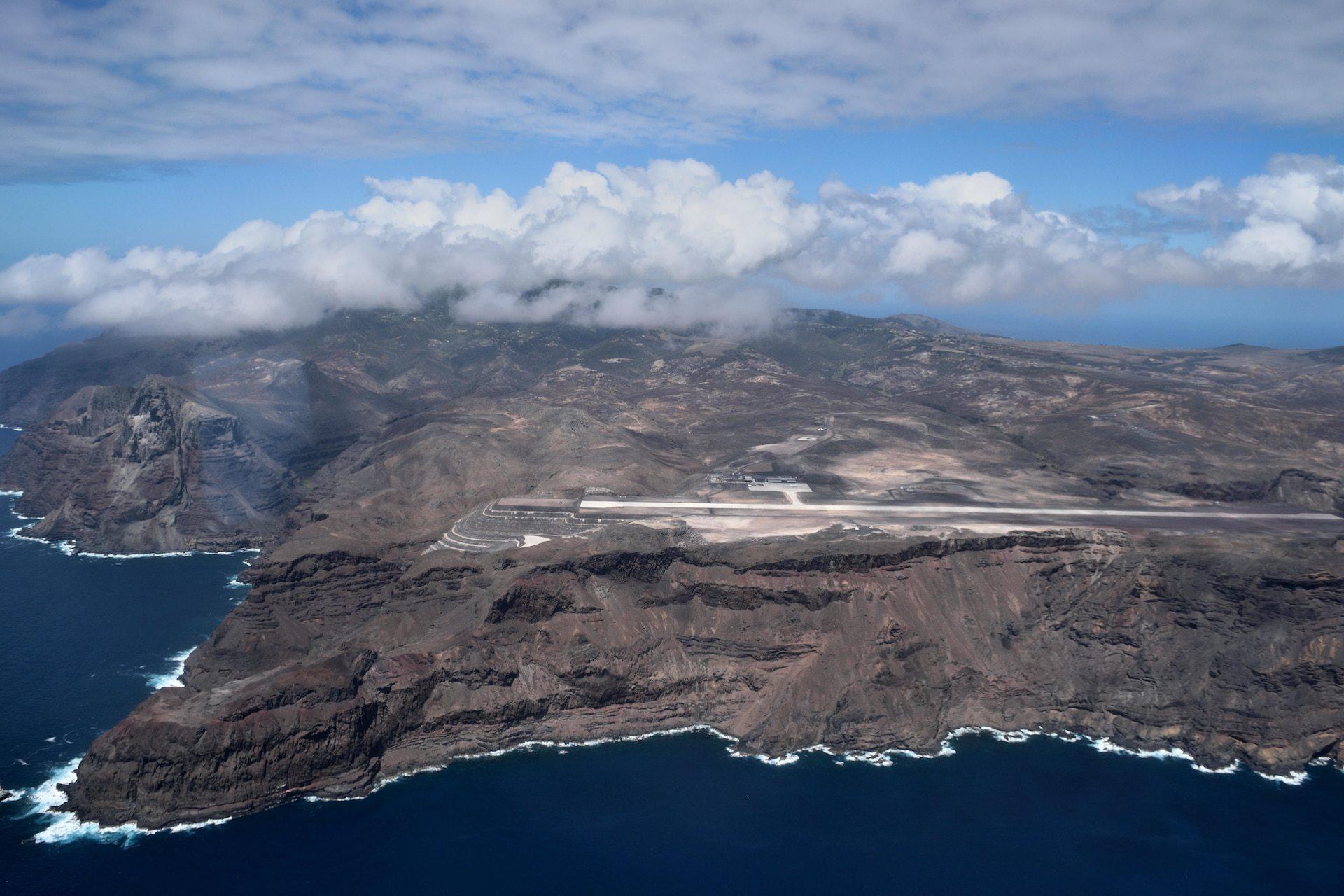 cel-mai-inutil-aeroport-din-lume-a-costat-321-de-milioane-de-euro-