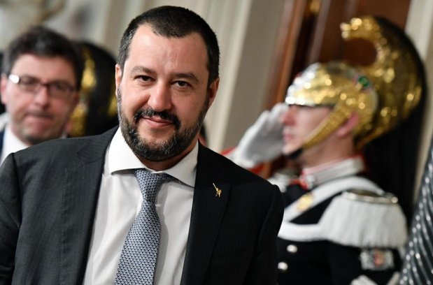 """Viitorul premier italian, de Ziua Romilor: """"Dacă ar fura mai puţin, ar fi sărbătoare"""""""