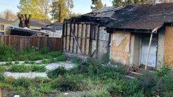 """Casa distrusă de foc, scoasă la vânzare cu 650.000 de euro. """"Am primit mai multe oferte"""" - FOTO"""