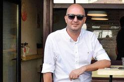 Ce afacere vrea să-şi deschidă antreprenorul care a construit cel mai mare lanţ de cafenele din România