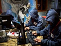 FBI avertizează: Restartaţi routerele de acasă şi de la birou pentru a nu fi ţinta atacurilor cibernetice ale Rusiei