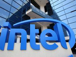 """Intel, ultima """"victimă"""" a proceselor din Sillicon Valley: Compania este acuzată că ar fi făcut discriminări pe bază de vârstă când a concediat 12.000 de oameni"""