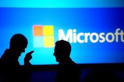 Trei antreprenori devin cei mai mari acţionari ai Microsoft, după Bill Gates, în urma unei tranzacţii gigant de 7,5 miliarde de dolari. Cum au reuşit