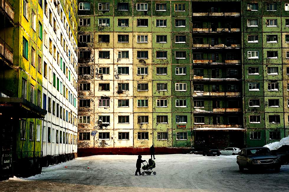 Viaţa în cel mai poluat oraş din lume unde temperatura medie anuală este -10 grade Celsius - GALERIE FOTO