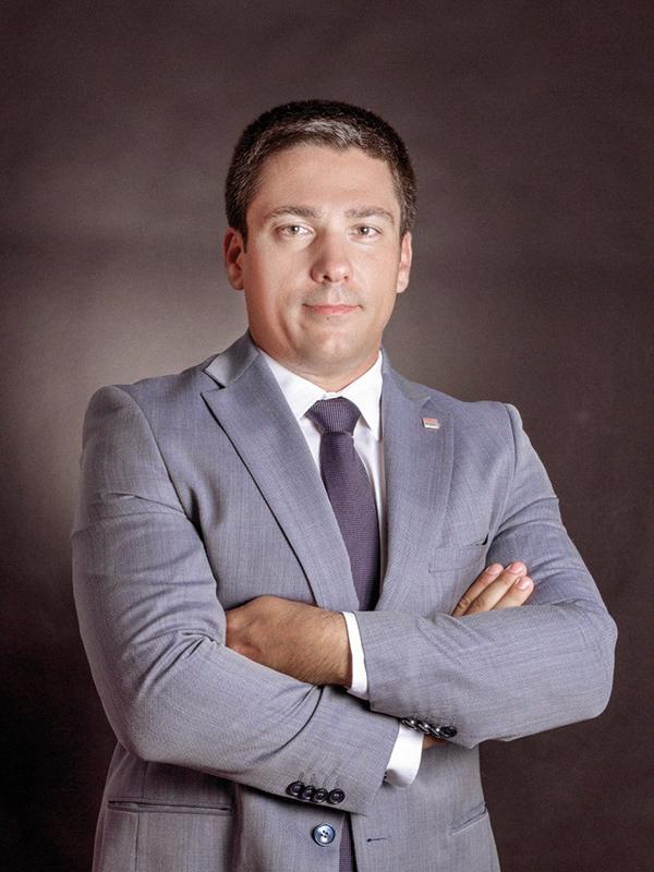 tineri-manageri-de-top-2018-valentin-storoj-managing-director-raben-logistics-rom