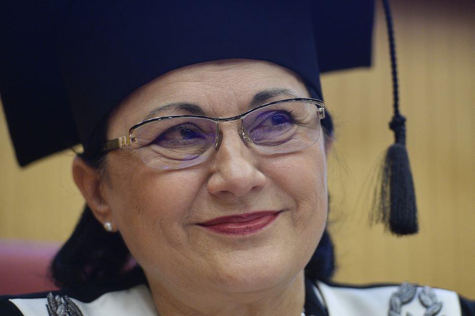 ecaterina-andronescu-ministrul-educa
