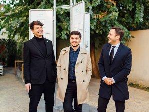 Cum au reuşit trei tineri din România să transforme cele mai arzătoare nevoi ale oamenilor într-o afacere profitabilă - VIDEO
