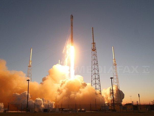 nici-rachetele-nu-te-scapa-de-concedieri-spacex-compania-fondata-de-elon-musk-concediaza-10-dintre-angajati