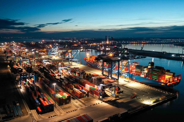 dp-world-a-semnat-un-parteneriat-cu-ministerul-transporturilor