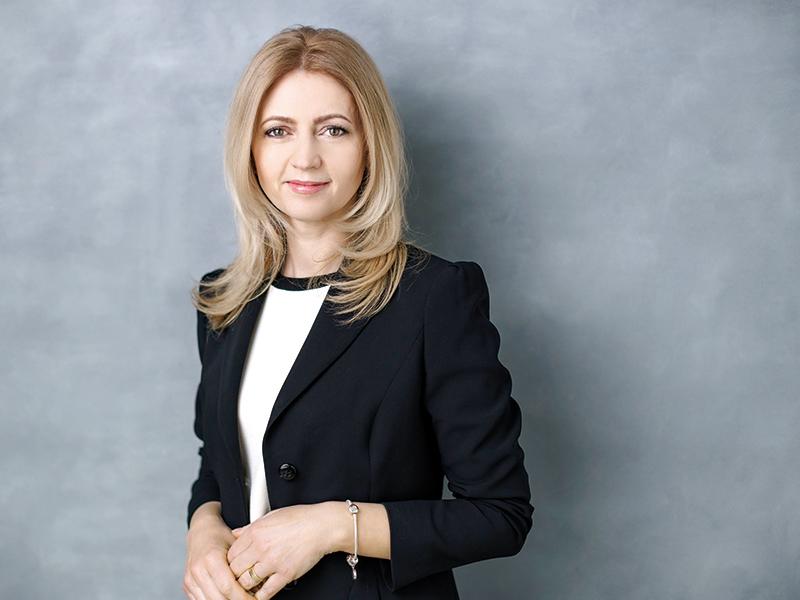 100-cele-mai-puternice-femei-din-business-francesca-postolache-partener-departamentul-de-audit-pwc-rom
