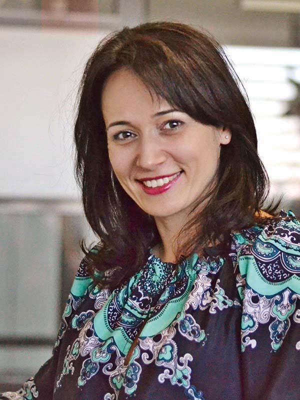 Cele mai puternice 100 de femei din business: Loredana Constantin, marketing manager { Autoitalia România }