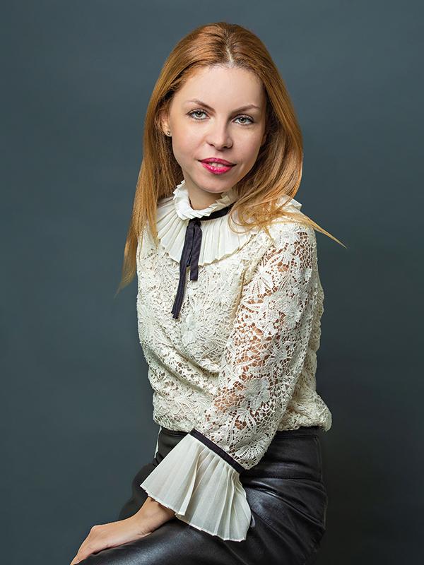 Cele mai puternice 100 de femei din business: Mădălina Cojocaru - Partener office & industrial { Cushman & Wakefield Echinox }