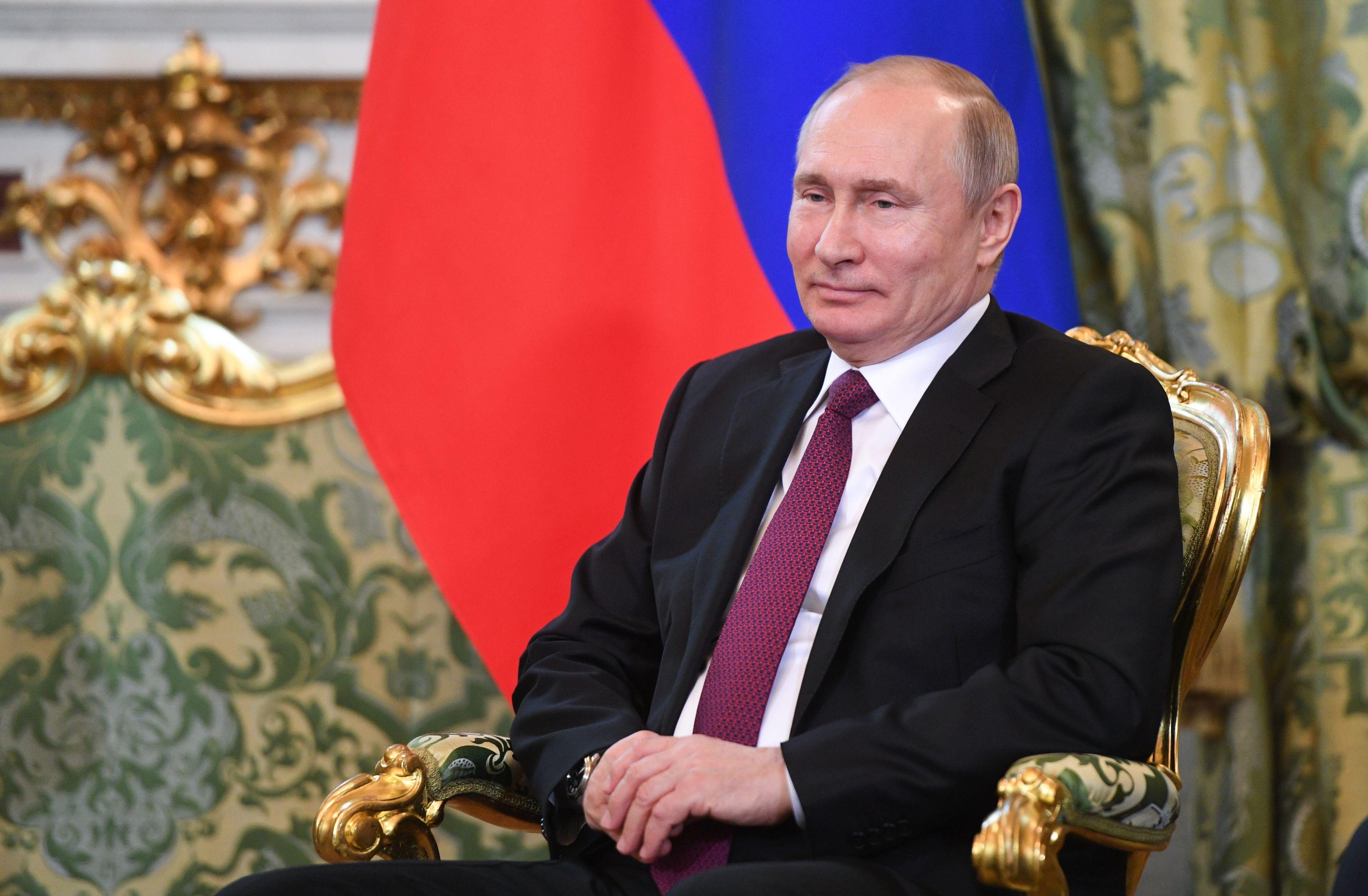 ue-condamna-decizia-lui-putin-de-a-simplifica-procedura-acordarii-cetateniei-ruse-pentru-ucraineni