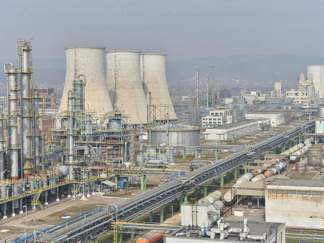 chimcomplex-a-devenit-cel-mai-mare-exportator-cu-capital-rom
